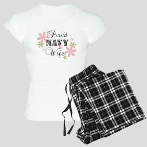 Navy Wife [fl camo] Women's Light Pajamas